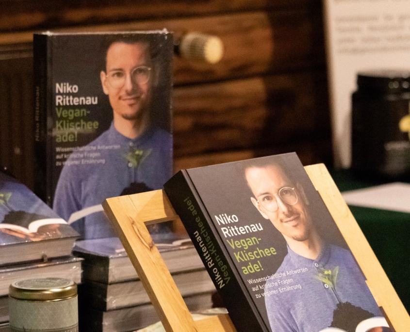 Veranstaltung mit Niko Rittenau - Bücherpräsentation durch Bücher Brandt